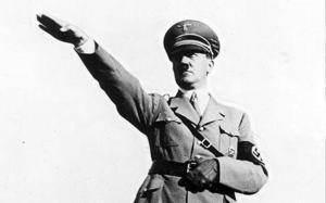 Salut nazi qui nourrit l'égrégore émotionnel d'Hitler